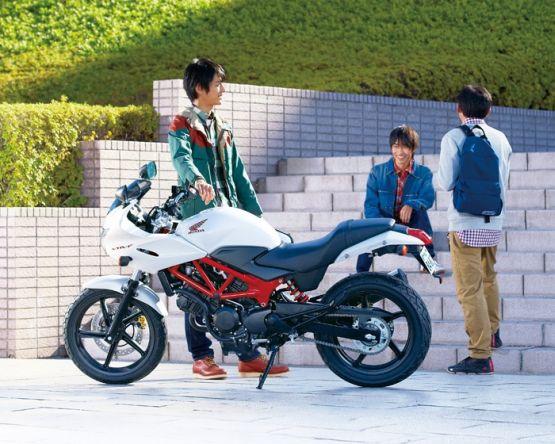 Honda VTR250F_555