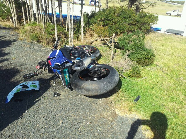 Leon Camier Suzuki Crash
