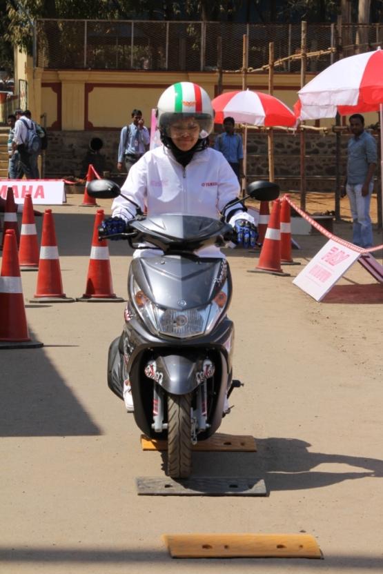 Yamaha Riders Program 555 2