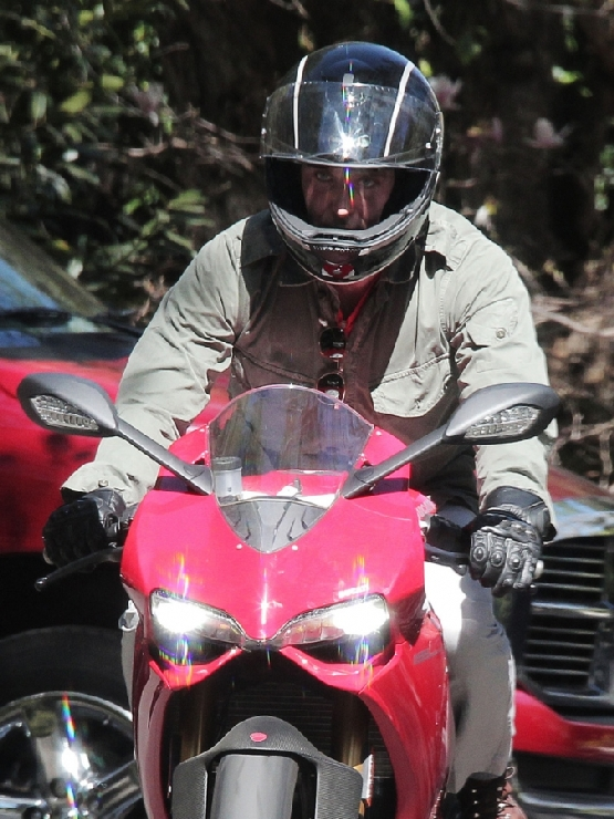 Bradley Cooper Ducati 1199 Panigale (5)