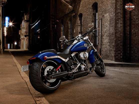 Harley DAvidson Breakout (1)