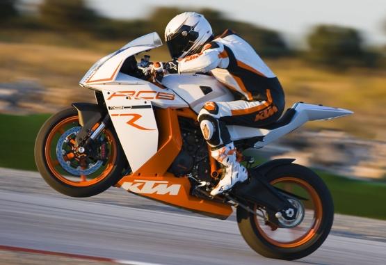 KTM 1190 RC8 R 2013 rider
