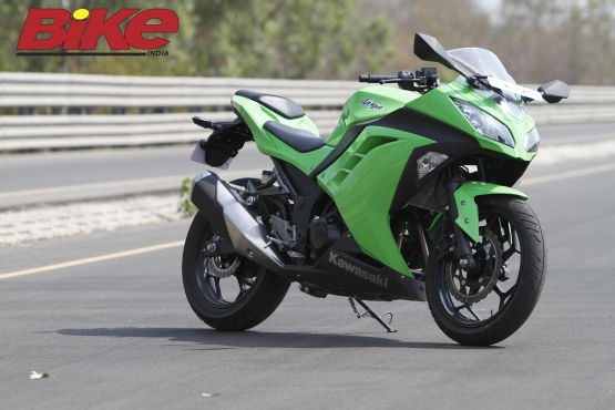 Kawasaki Ninja 300 (3)