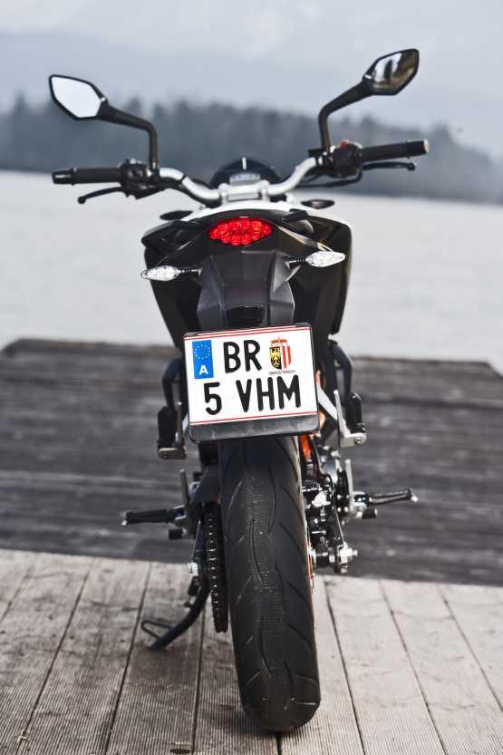KTM 390 Duke (3)
