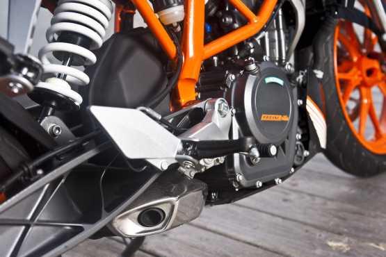KTM 390 Duke (6)