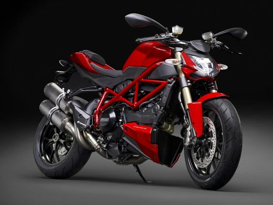 Ducati 848 Streetfighter web1
