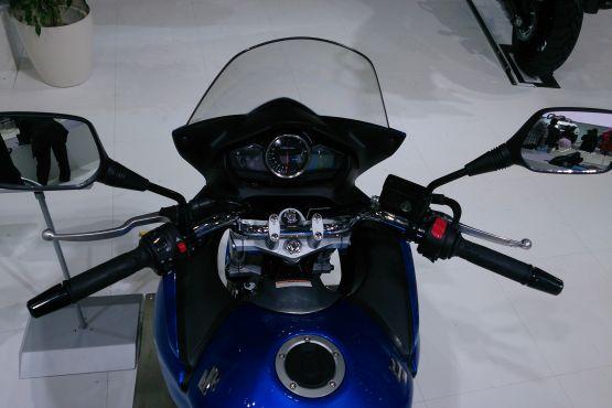 Suzuki GSRF250S 2 web