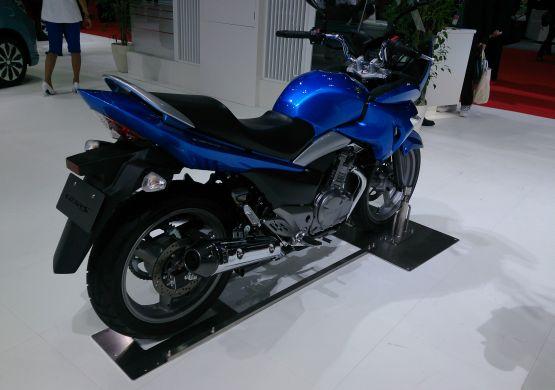 Suzuki GSRF250S 4 web