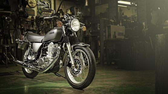 Yamaha EICMA 13 - SR400 1