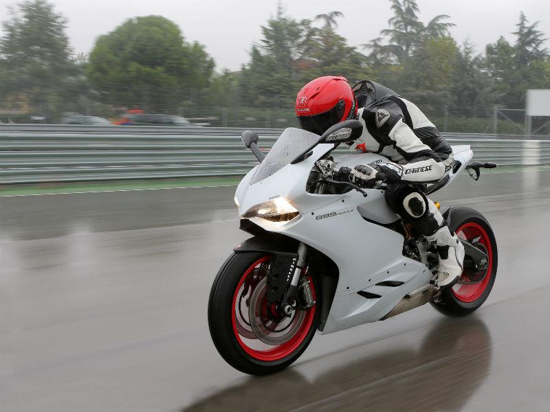 Ducati Panigale 899 2013 4