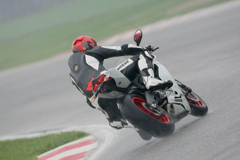 Ducati Panigale 899 2013 5