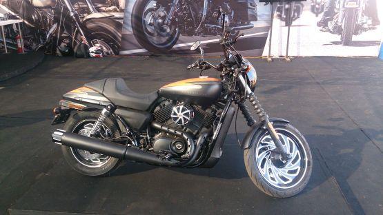 Harley-Davidson Street 750 4 web