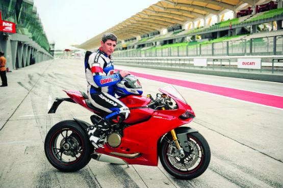 FMSCI 2 wheeler circuit racing comission 2014 1