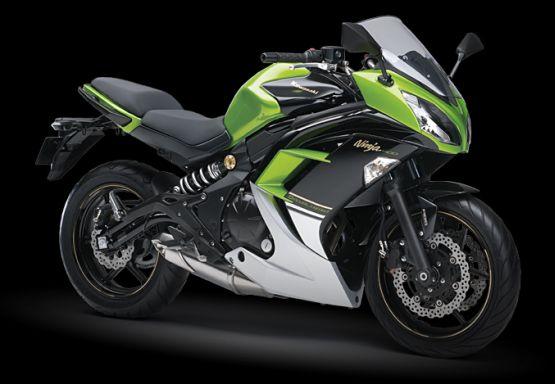 Kawasaki Ninja 400 1 web
