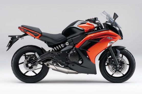 Kawasaki Ninja 400 4 web