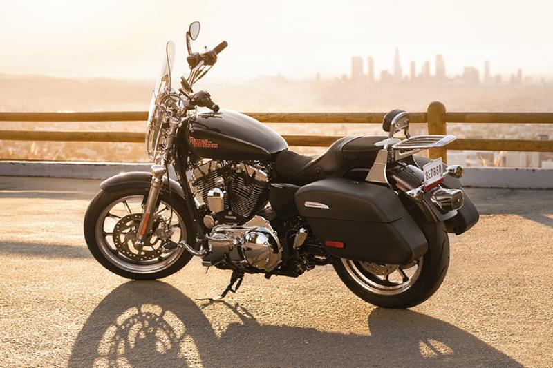 Harley-Davidson SuperLow 1200T 2 web