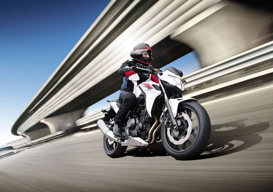 Honda CB500F 2014 Street Bike 1 web