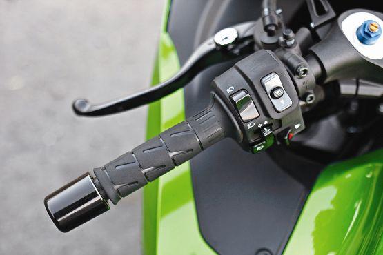 Kawasaki ZX 14 R web6