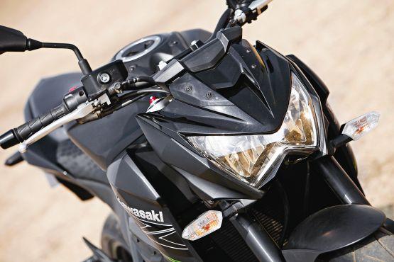 Kawasaki Z800 Road Test 3 web