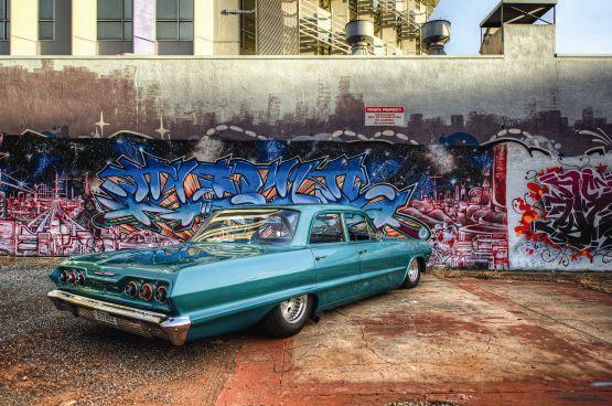 web Classic al Chevrolet and modern graffiti, Darwin Australia