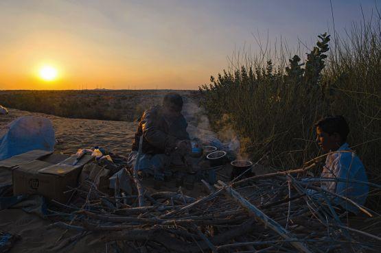 web campfire chai, desert, rajasthan, india