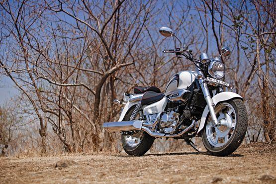 Hyosung Aquila 250 Road Test 1 web