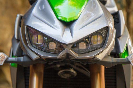 Kawasaki Z1000 Road Test 2 web