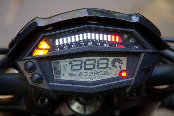Kawasaki Z1000 Road Test 7 web