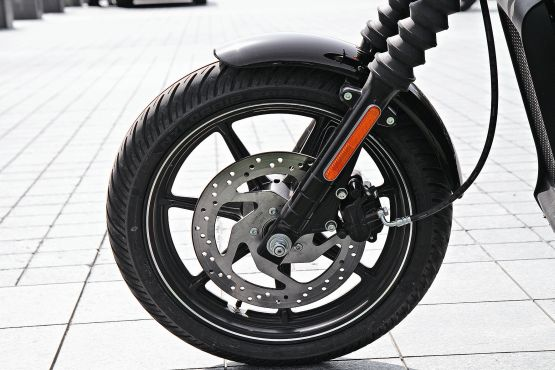 Harley-Davidson Street 750 Road Test 3 web