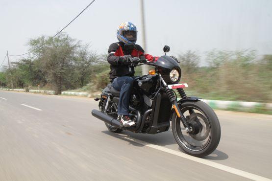 Harley-Davidson Street 750 Road Test 5 web
