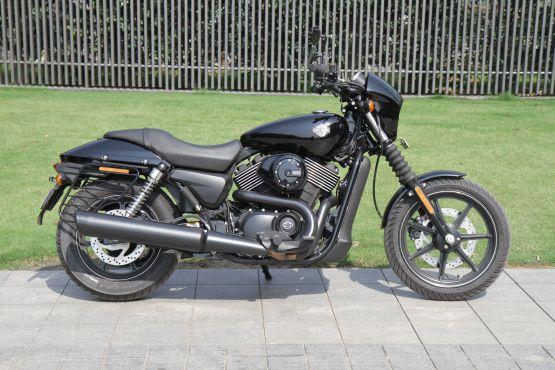 Harley-Davidson Street 750 Road Test 7 web