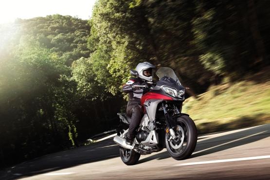 Honda VFR800X Crossrunner 2015 2 web