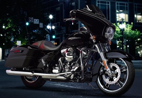 Harley-Davidson Street Glide Special web