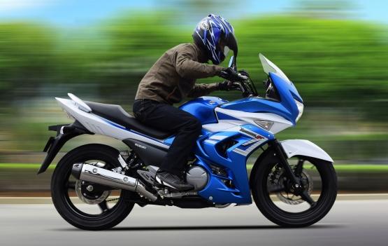 Suzuki Intermot Inazuma 250F web