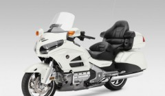 Honda Gold Wing-Pearl Glare White web