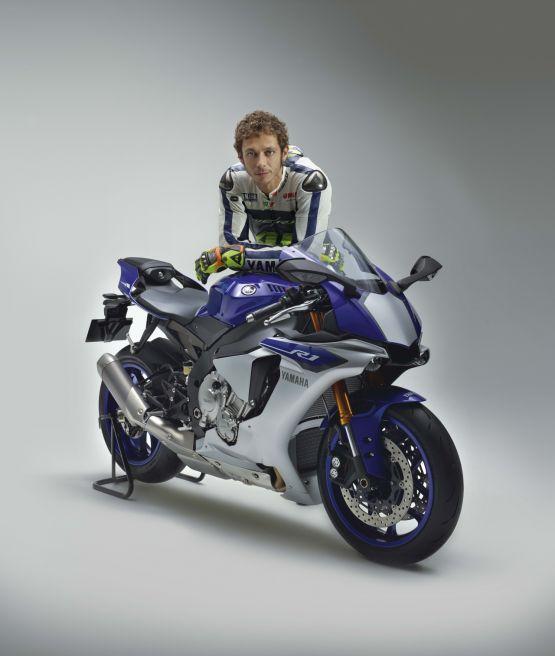 2015 Yamaha R1 Valentino Rossi web