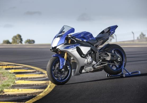 web 07 Yamaha YZF-R1 2015