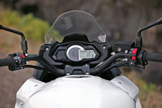 2015 Benelli TnT 600 GT and 600i web 3