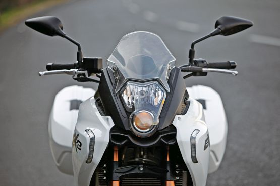 2015 Benelli TnT 600 GT and 600i web 6