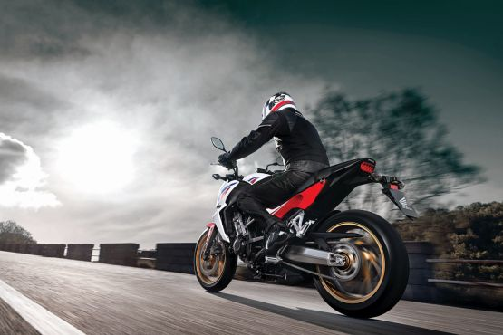 2015 Honda CB650F web 10
