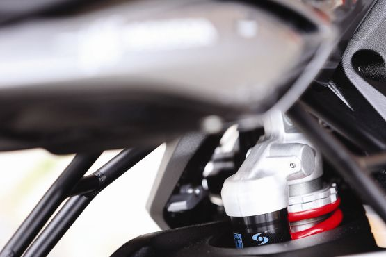 2015 MV Agusta Brutale and dragster RR web 5