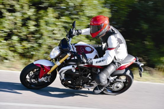 2015 MV Agusta Brutale and dragster RR web 8