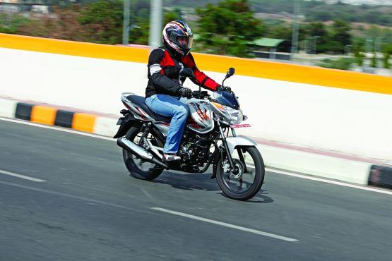 Bajaj Discover 125M roadtest 2014 WEB1