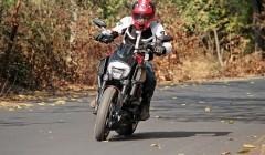 Ducati Diavel Carbon (13) (555x370)