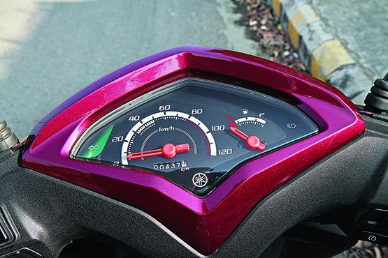 Honda Activa-i v TVS Jupiter v Yamaha Cygnus Alpha (6)