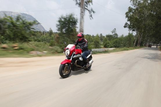 Moto Guzzi 1200 Sport (6)