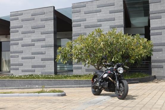 Moto Guzzi Griso (1)