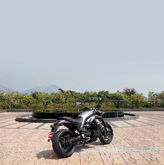 Moto Guzzi Griso (2)
