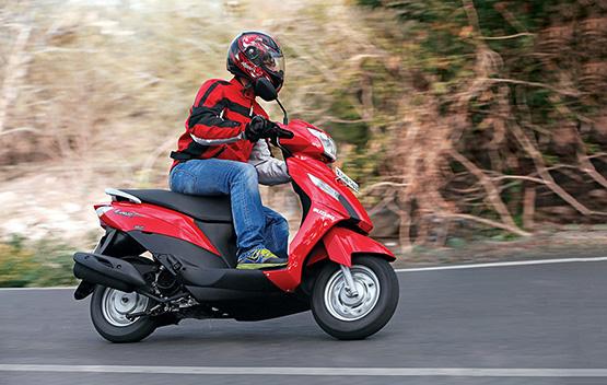 Suzuki Let's Riding Shot