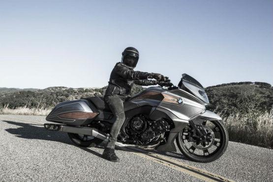 BMW-Motorrad-Concept-101-04WEB